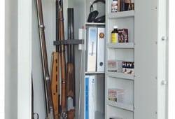 Mine geværer ruster i våbenskabet!